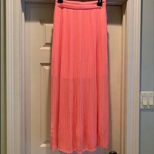 White House Black Market Skirt Size XS